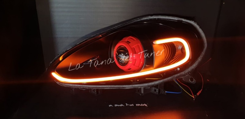 punto-evo-evo-abarth-lenticolari-cover-rossa-e-strip-led