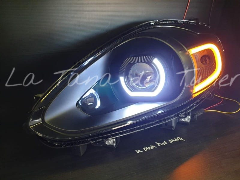 punto-evo-abarth-black-lenticolari-cover-nera-bad-look-e-strip-led